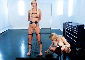 Blondie females Aiden Starr & Maia Davis break out EMS pads during lezdom play