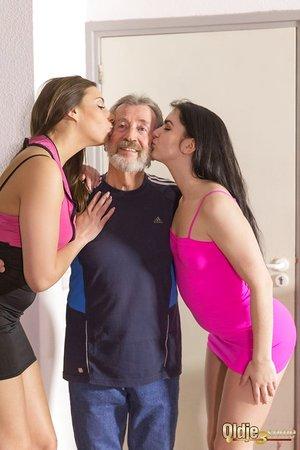 Slender white damsels Carla Crouz & Kittina Ivory pleasure their sugar daddy