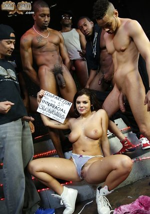 Bukkake parties are the best when Keisha Grey is the one sucking dicks