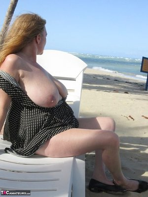 Mature older Lily May flaunts big saggy breasts in casual