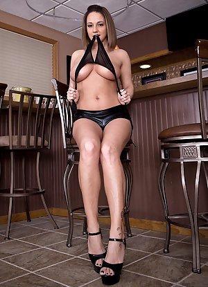 Girls Stripping Pics
